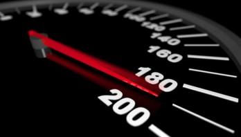 Перевищення швидкості на дорогах: як захистити українців від смертельних ДТП