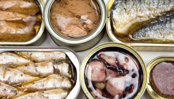 Отруйна риба та консерви: як не з'їсти бактерію ботулізму