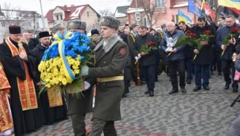У Сокільниках відкрили пам'ятник Героям Небесної Сотні
