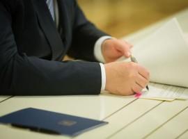 Глава держави підписав Закон щодо удосконалення законодавчого врегулювання будівництва доріг на умовах концесії
