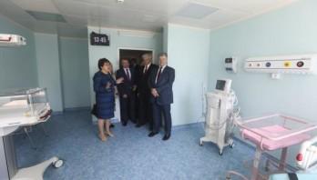 Це абсолютно нові підходи до реформування всієї медичної галузі – Президент у Львівському обласному перинатальному центрі