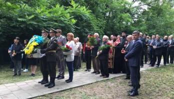 У День скорботи і вшанування пам'яті жертв війни відбулись поминальні заходи