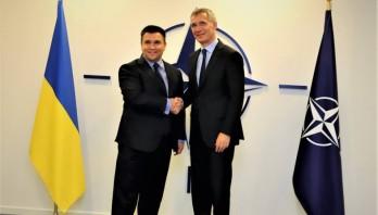 Міністр закордонних справ України Павло Клімкін зустрівся з Генеральним секретарем НАТО Єнсом Столтенбергом