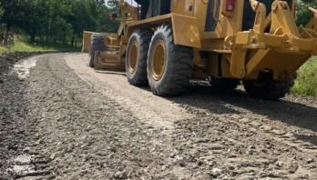 На Старосамбірщині триває капітальний ремонт автомобільної дороги