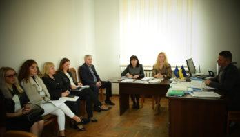 У Яворівській РДА проведено комісію з питань захисту прав дитини