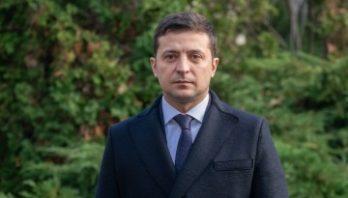 Володимир Зеленський підписав закон щодо особливостей оформлення документів громадянам, які проживають у зоні проведення АТО/ООС або переселилися з
