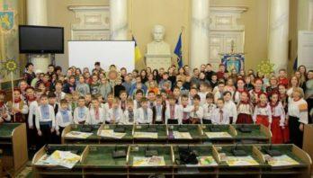 70 дітей з Донецької області ознайомлюються із різдвяними традиціями Львівщини