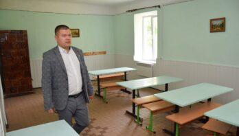 Карантин не лише не завадив літньому ремонту шкіл, але й надав змогу розпочати його раніше, ніж зазвичай
