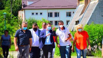 Максим Козицький в межах робочого візиту на Яворівщину відвідав колишній Львівський обласний протитуберкульозний санаторій