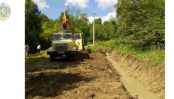 Завершують роботи із відновлення проїзду на ділянці дороги Рожеве-Поляна