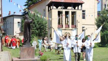 Парафіяни Римо-католицького храму свв. Апп. Петра і Павла м.Яворова відсвяткували храмовий празник.