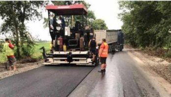 На автомобільній дорозі Сокаль-Стоянів продовжують ремонтні роботи