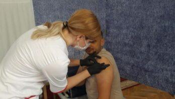 Вчора на Львівщині провакцинували 9769 осіб, з них 2356 – у центрах вакцинації