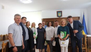 Працівників державної податкової служби району привітали з професійним святом