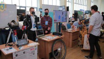 Десятки стартаперів презентують власні ідеї на ювілейному Міжнародному економічному форумі