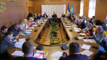 Затвердили План роботи на рік та вручили посвідчення експертам: відбулось засідання Громадської ради при ЛОДА