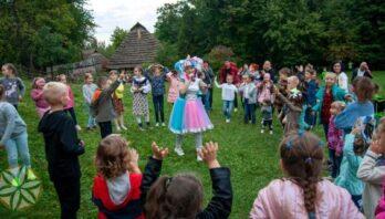 У Львові відбувся XVIII Всеукраїнський фестиваль дитячих та юнацьких колективів «Казка у гаю»