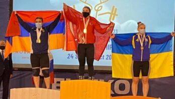 Важкоатлетка Ельвіра Борозна виборює бронзу на молодіжному чемпіонаті Європи