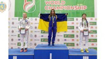 Анжеліка Намєснік – чемпіонка світу з гирьового спорту